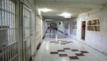 سادس تمرد في سجون إيران خشية كورونا
