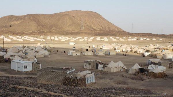 مأرب . أكثر من 1800 أسرة في مخيم واحد تفتقر للغذاء والمياه