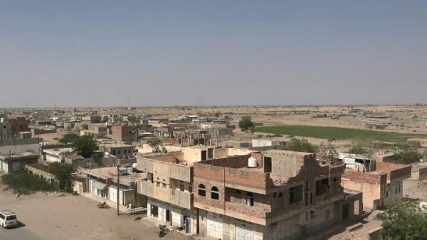 إصابة طفلتين وشاب برصاص وقذائف المليشيات الحوثية جنوب الحديدة