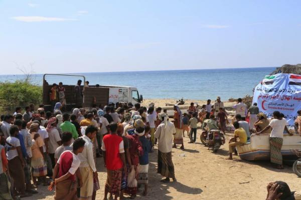 دعم إماراتي جديد للصيادين في الساحل الغربي